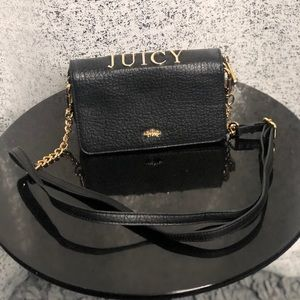 Small Juicy Couture wallet purse